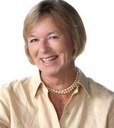 Fiona Tustian, Agent in Charlottesville, VA