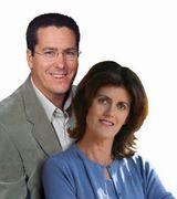 Glenn and Nicole Hobbs, Agent in Westlake Village, CA