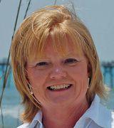 Debbie King, Real Estate Pro in Emerald Isle, NC