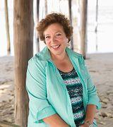Karen DelVac…, Real Estate Pro in Nags Head, NC