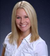 Lisa Peterson, Real Estate Agent in Woodbury, MN