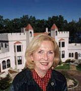 Julie Carnevale, Agent in Huntington, NY