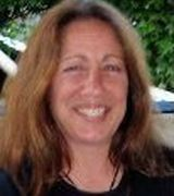 Lisa Glowacki, Agent in Tiverton, RI