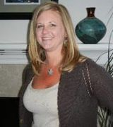 Shelly Pavlacky, Agent in Milwaukie, OR