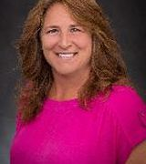 Michelle Lyons, Agent in Duluth, MN