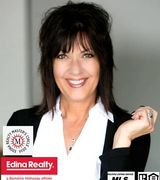 Gail Haering, Real Estate Agent in Shakopee, MN