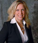 Stephanie Weckwerth, Agent in Maple Grove, MN