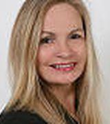 Paula Johnson, Real Estate Agent in Woodbury, NY