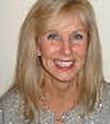 Darcy  Hall, Agent in Trumbull, CT