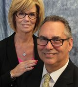 Bud and Sue…, Real Estate Pro in Niantic, CT