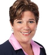 Stephanie Giordano, Real Estate Agent in Hauppauge, NY