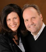 Cheri Hewald and Dan Riley, Agent in Mason, OH
