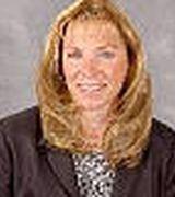 laura Halbach, Agent in Waterford, MI