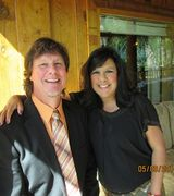 Ted and Monica Morrow, Agent in Grants Pass, OR