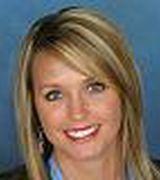 Kelli Gambill, Agent in Gatlinburg, TN