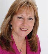 Cynthia Hawkins, Agent in Strasburg, VA