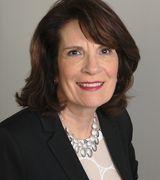 Carolyn Petreccia, Agent in Warwick, RI