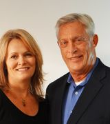 Jennifer Lincoln and Bill Ferguson, Agent in Columbia, MO