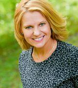 Stephanie Sv…, Real Estate Pro in Appleton, WI