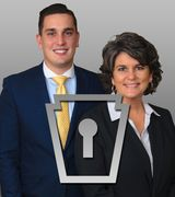 Anita and Gabe Stoltzfus, Agent in Lancaster, PA