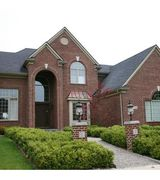 LOCAL AGENT1, Real Estate Pro in Milford, MI