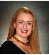 Susan Gray, Real Estate Pro in Holland, MI