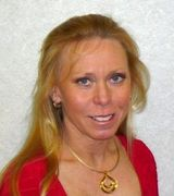 Tracy Young, Agent in Waterford, WI
