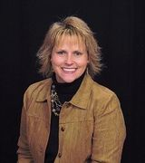 Traci Willis, Real Estate Agent in Lexington, KY