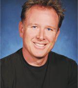 Robert Castaneda, Real Estate Agent in Huntington Beach, CA