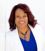 Anita Smith, Agent in Valencia, CA