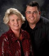 Chris & Cindy…, Real Estate Pro in Marshalltown, IA