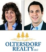 Vicky & Jonathan Oltersdorf, Real Estate Agent in Suttons Bay, MI