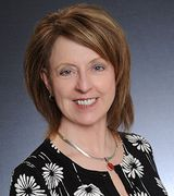 Donna Arnold, Real Estate Agent in Davenport, IA