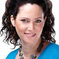 Ravit Advocat, Real estate agent in TENAFLY