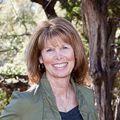 Julie Harris, Real estate agent in Wimberley