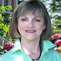Linda Barber, Real estate agent in Shalimar