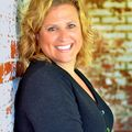 Kara Hicks, Real estate agent in Saint Joseph