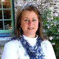 Christine Simmons, Real estate agent in Orange Park