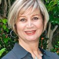 Sima Haghighi, Real estate agent in Santa Monica