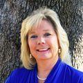 Kelly Katsus, Real estate agent in Georgetown