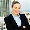 Shayna Hanson, Real estate agent in Miami Beach