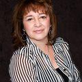 Liz Ponce De Leon, Real estate agent in Moreno Valley
