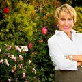 Gail Petersen Bell, Real estate agent in Hingham