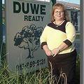 Paula Duwe, Real estate agent in Eden