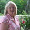 Donna Vaughn, Real estate agent in Litchfield
