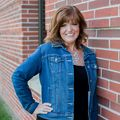 Julie Samuelson, Real estate agent in Waukee