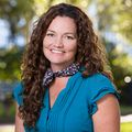 Stephanie Davis, Real estate agent in Charleston