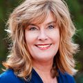 Leanne Reynolds, Real estate agent in Glendale