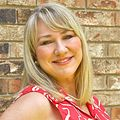 Kelly Ray, Real estate agent in Tulsa