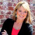 Melinda McCausland, Real estate agent in Athens